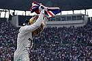 Bajnoki kezdet: Hamilton és a Mercedes is elérzékenyült