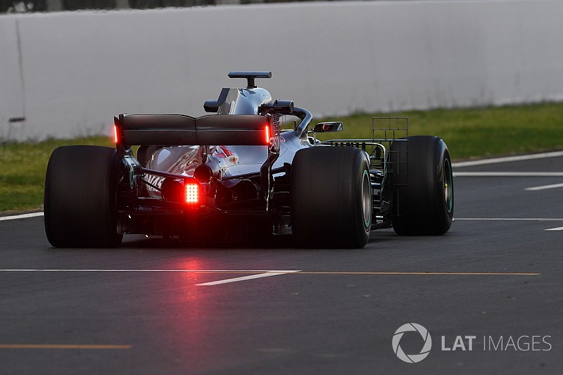 Mercedes Trials Endplate Lights For Fia In Barcelona F1 Testing