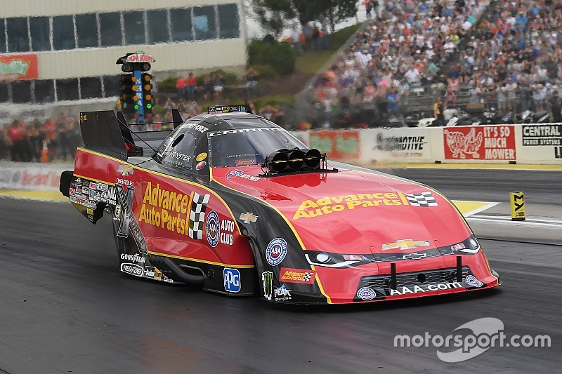 Courtney Force wins rain-delayed Topeka race