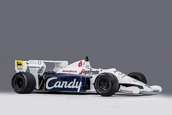 Forma-1 Eladó Ayrton Senna majdnem-futamgyőztes Tolemanje (is)