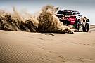 Peugeot toma el mando del Dakar