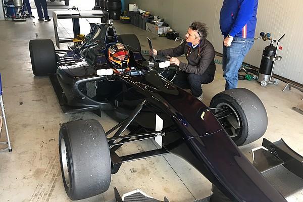 Kubica kembali uji coba mobil single-seater
