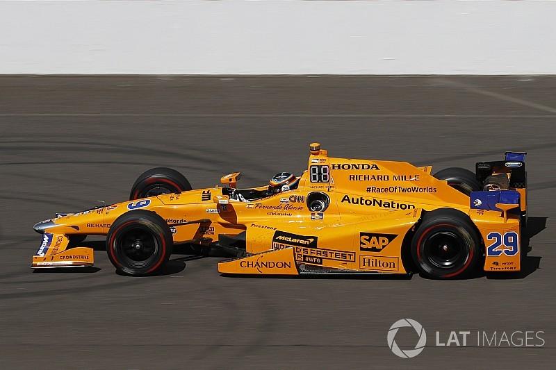 """McLaren 2018'de """"papaya turuncusuna"""" dönebilir"""