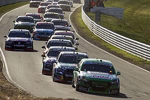 Supercars Rennbericht Tasmanien: Shane van Gisbergen vor Jamie Whincup