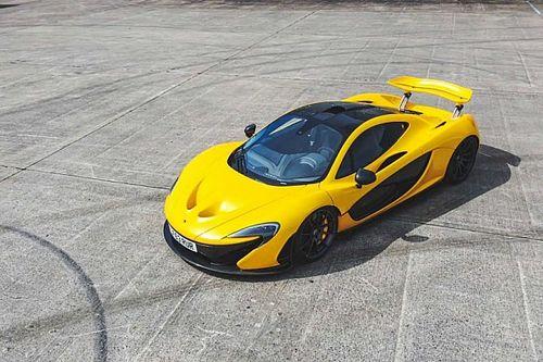 A hiperautók Szentháromságának egy tagja lesz azé, aki megveszi az első legyártott McLaren P1-et