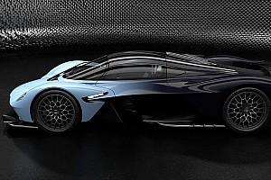 Ajándékba kaphatja meg Max Verstappen az Aston Martin Valkyrie-t