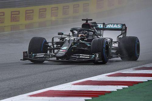 Hamilton soeverein naar pole in de regen, Verstappen tweede