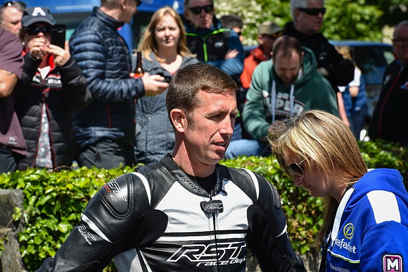 Isle of Man TT: Zustand von Steve Mercer verschlechtert sich