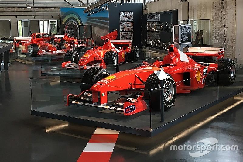 Private Michael-Schumacher-Ausstellung in Köln eröffnet