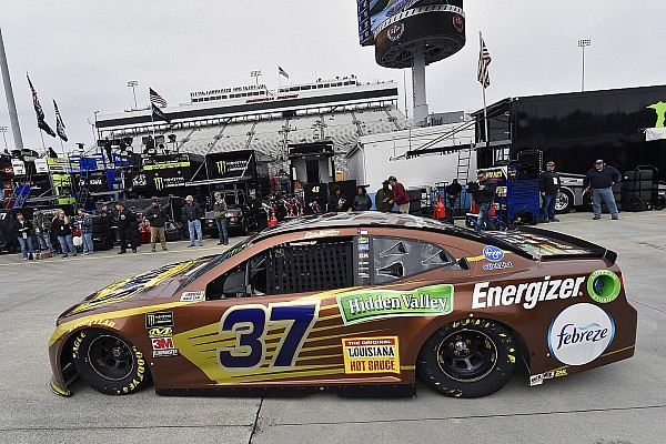 Jackman for Chris Buescher injured early in STP 500