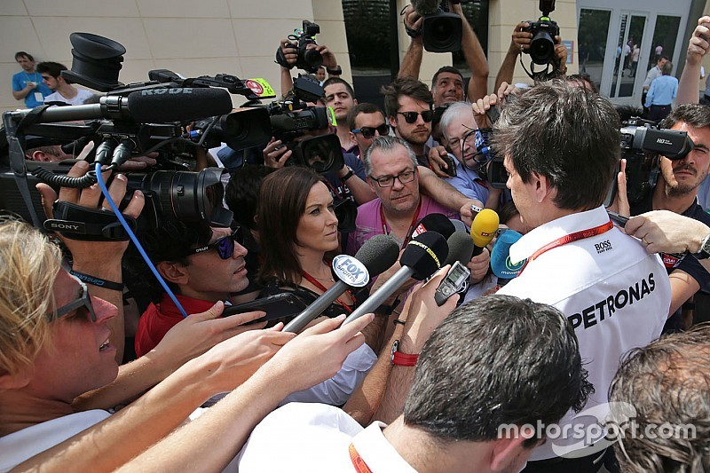 F1 qualifying fiasco is 'madness', says Wolff