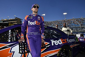 Hamlin forgoes picking No. 1 pit stall, giving it to Kyle Busch