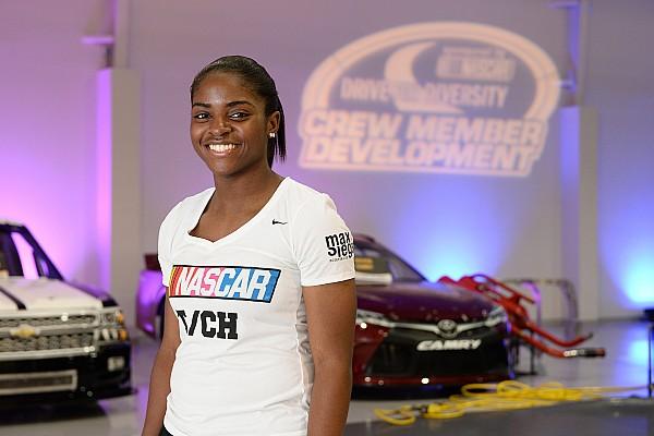 NASCAR Cup Breaking news NASCAR Drive for Diversity female crew members ready for Daytona