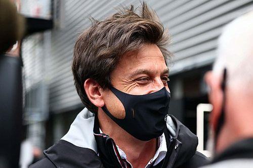 Wolff defende três carros por equipe na Fórmula 1; entenda