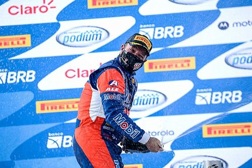 Velocitta Stock Car Pro Series: Casagrande and Barrichello win