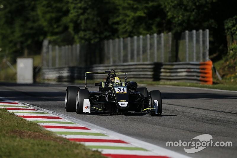 Норрис выиграл первую гонку уик-энда Евро Ф3