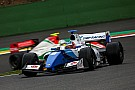 Formula V8 3.5 Il pit costa caro a Fittipaldi. Isaakyan ne approfitta e centra il successo in Gara 2