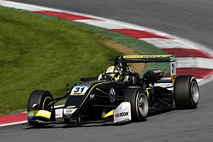 EUROF3 Gara Clamoroso: Aron tampona Norris all'ultimo giro di Gara 3. Titolo rinviato!