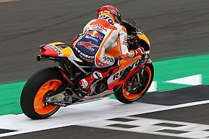 MotoGP 予選レポート 【MotoGPイギリス】予選:マルケス渾身のアタックでPP。ロッシ2番手