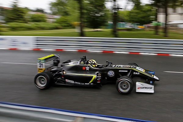 F3 Europe Pau F3: Norris dominates Satuday qualifying for double pole