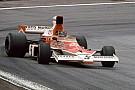 Forma-1 Világbajnok a négyzeten: Mika Häkkinen Fittipaldi és Hunt autójában!