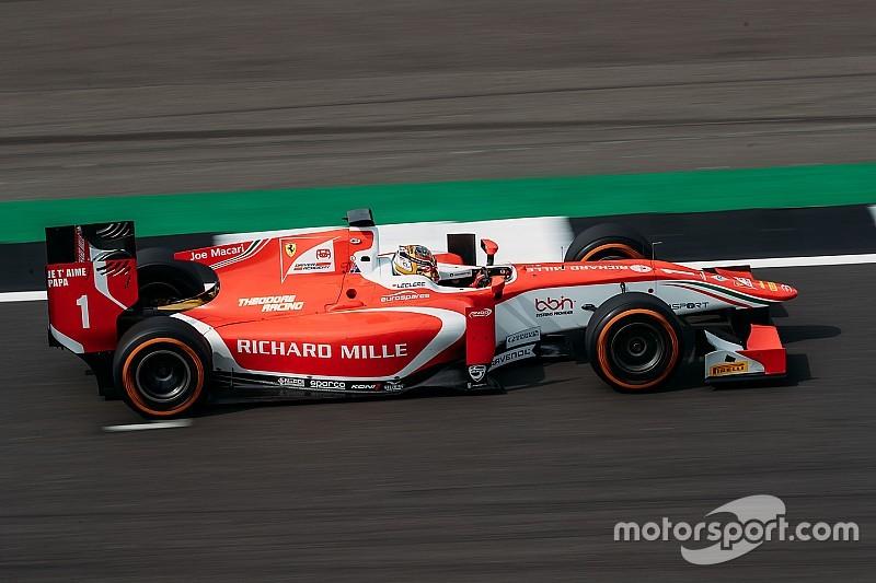 Silverstone F2: Leclerc hasarlı aracına rağmen kazandı