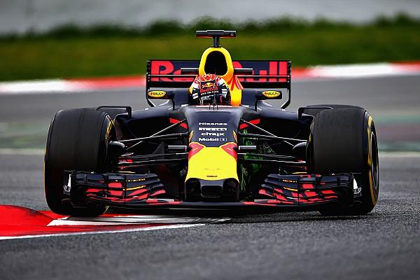 """Formule 1 Nieuws Hamilton: """"Verstappen zal dit jaar meer vertrouwen hebben"""""""