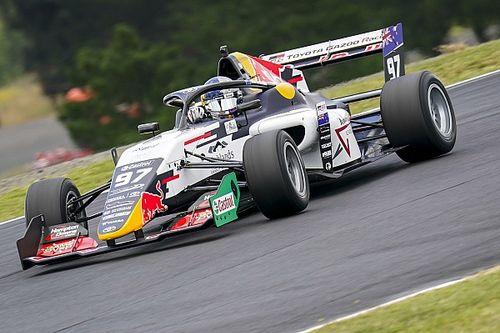 Van Gisbergen wins the New Zealand Grand Prix from pitlane
