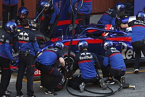 Toro Rosso: Мы ясно дали Даниилу понять, чего от него ждем