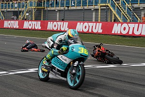 В MotoGP разрешили гонщикам финишировать отдельно от мотоциклов