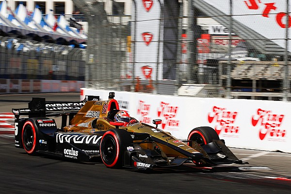 IndyCar IndyCar: Hinchcliffe lesipuskás győzelmet aratott Long Beach-ben!