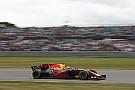 Verstappen retrouve le sourire, Ricciardo fait le show