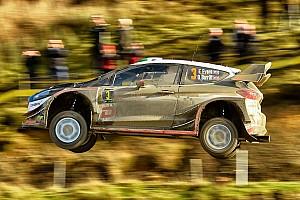 WRC Prova speciale Gran Bretagna, PS12: Evans e Neuville volano. Tanak e Ogier in difficoltà