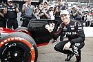 IndyCar Дождь помог дебютанту Уикенсу завоевать поул в Сент-Питерсберге