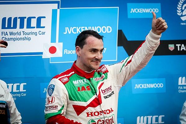 """Michelisz ondanks missen WTCC-titel: """"Beste jaar van mijn leven"""""""