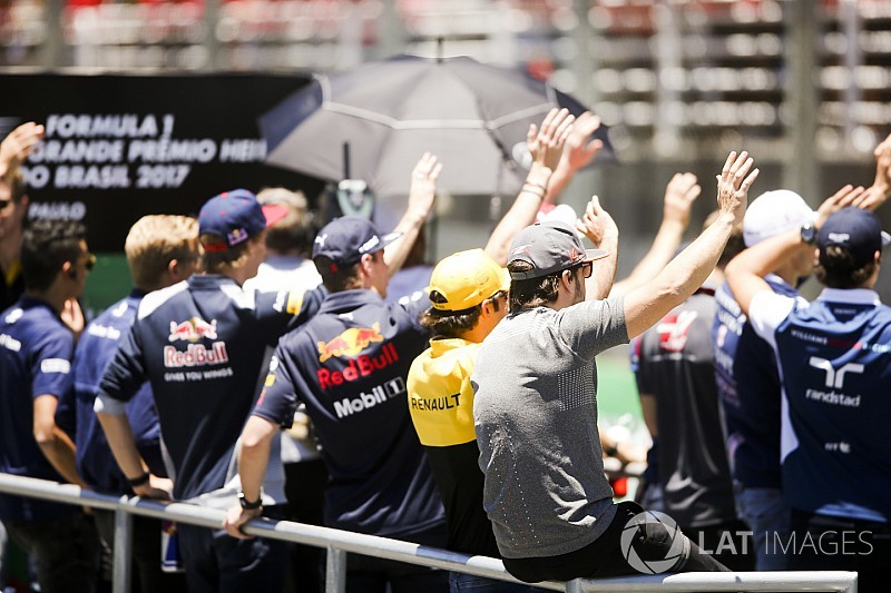 Топ-5 найкращих гонщиків Ф1 2017 року від Джеймса Аллена