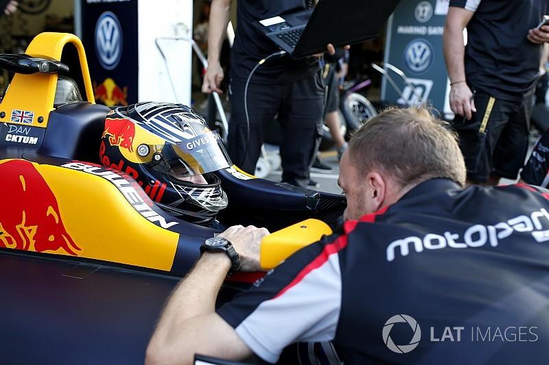 Ticktum beats Schumacher by 0.001s in second F3 test