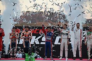 その他 速報ニュース バトン&バンドーンがNSX-GTをドライブ。ホンダの超豪華祭典が閉幕