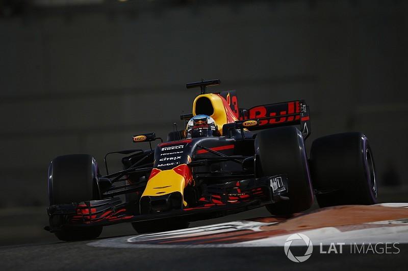 Red Bull, 2018 sezonu öncesinde takım logosunu değiştirdi