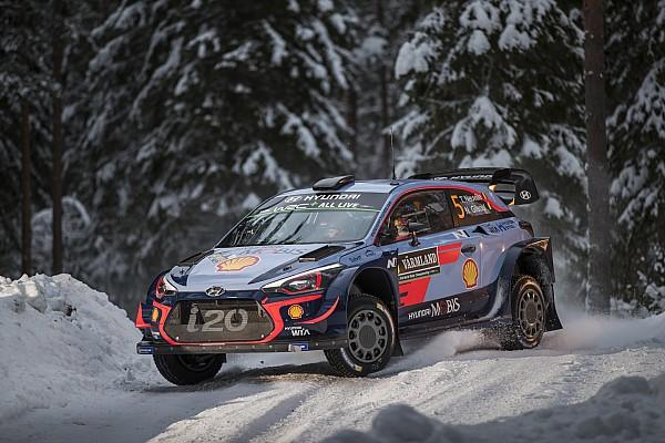 رالي السويد: نوفيل يتقدم على ميكيلسين وأوجييه بعيد عن المنافسة في المراحل الأربعة الأولى