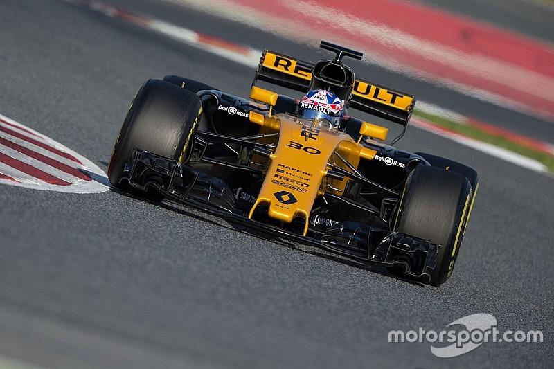 """Renault évoque """"un solide pas en avant"""" sur la performance"""