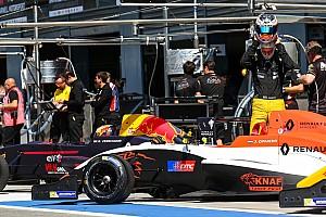 """Formule Renault Nieuws Talenten bij MP Motorsport: """"We pushen elkaar naar een hoger niveau"""""""