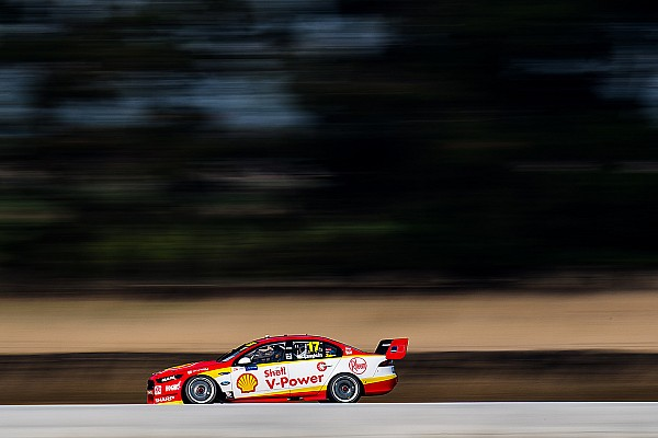 Supercars Symmons Plains Supercars: McLaughlin fastest in damp practice
