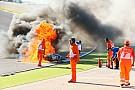 World Superbike FOTO: Insiden terbakarnya motor Tom Sykes
