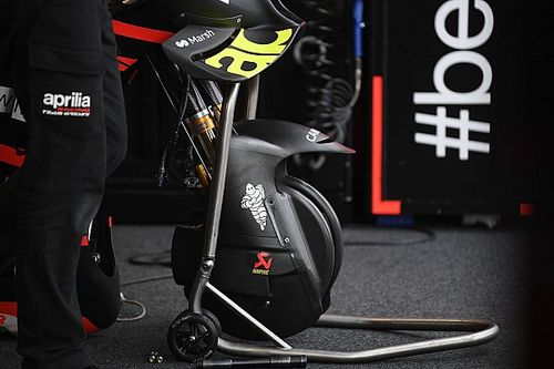 Fungsi Sepatbor Depan Aerodinamis Aprilia RS-GP