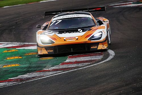 Tillbrook/Clutton take British GT victory as titles decided at Donington Park