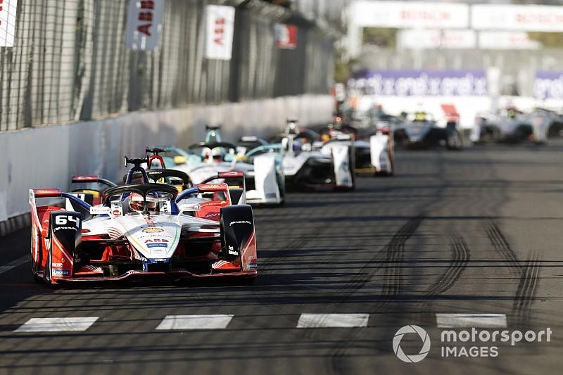 Авария пилотов BMW подарила Д'Амброзио победу в гонке Формулы Е в Марракеше