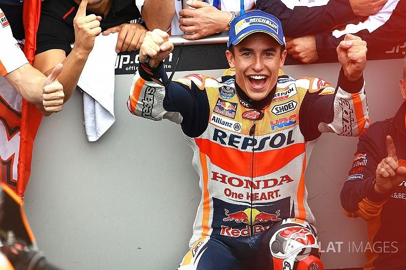 I rivali rendono onore a Marquez: