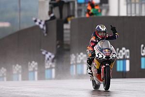 Other bike Yarış raporu Red Bull Rookies Cup: Yağmur altında zafer Deniz'in, Can düştü