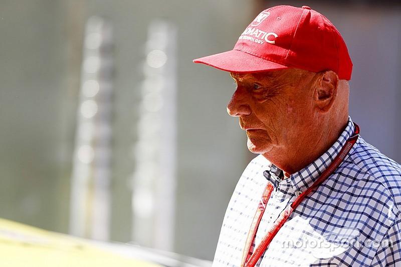Lauda bicara ke publik untuk kali pertama sejak operasi